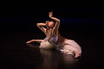 西園美彌講演会「踊る、創る、喋る」報告